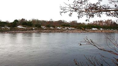 River Findhorn: Kayaker was swept awaye and died in river during Storm Frank.