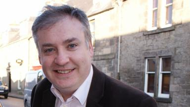 Richard Lochhead: Welcomed the announcement.