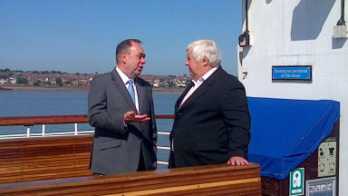 Alex Salmond and Peter Kilfoyle.