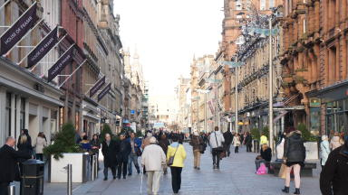 Shoppers in Buchanan Street