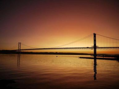 Forth Road Bridge: Old crossing is surpassed in height by successor.