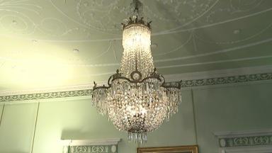 Bute House 'Nazi loot' chandelier. STV screengrab.
