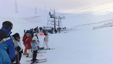 Skiing: Hopes for a busy weekend after 10cm snowfall.