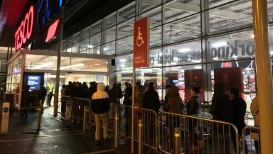 Black Friday: Queue outside Tesco, Silverburn