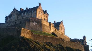 Edinburgh Castle: Hosting exhibition.