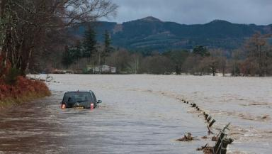 Storm: Jeep stranded in Ballater.
