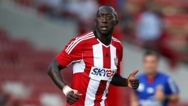 Steve Evans has added Diagouraga to his Leeds United squad.
