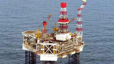 Harding: Gas leak on North Sea platform.