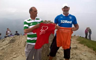 Craig says the pair enjoyed a football joke following the climb.