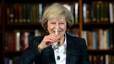 Theresa May: Britain looks set to leave EU before 2019.