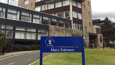 Dundee University: Students at Dundee have the best experience of university life according to survey.