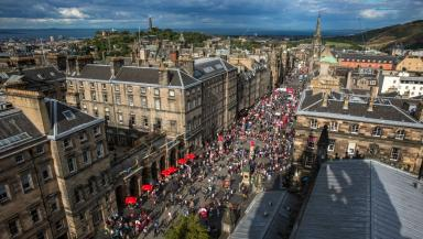 Festival brings thousands to Scottish capital.