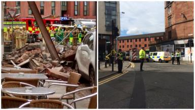 Collapse: Rubble could be seen in the street.