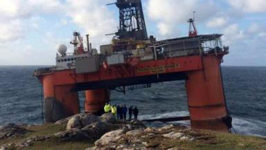 Transocean Winner: Rig during grounding near Carloway on Lewis.