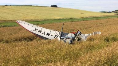 Microlight: Crashed in Aberdeenshire field.