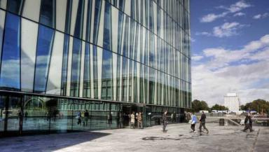 Library building: New Aberdeen University facility opened.