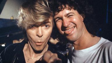 O'Regan takes a selfie with Bowie.