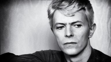 O'Regan was Bowie's official tour photographer between 1978 and 1990.
