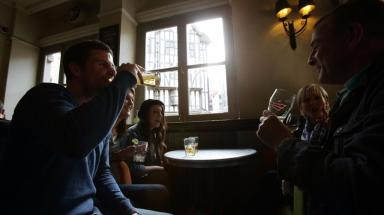Going to the pub is good for you, scientists claim