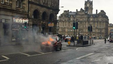 Fire: North Bridge closed in both directions.