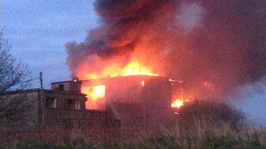 Pub:  Blaze at its worst on Sunday evening