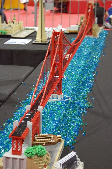 A Golden Gate bridge replica sits at 12ft high.