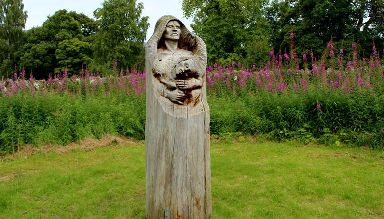 Sculptures in the wood.