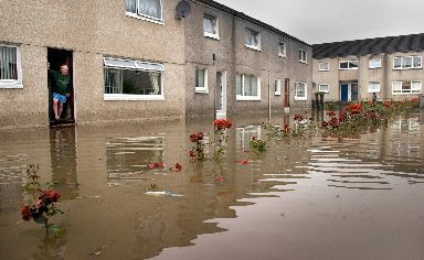 2002: Flooding devastated Glasgow's east end (file pic).