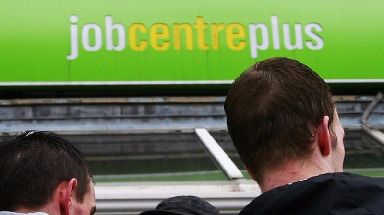 Universal Credit: MSPs urge government to halt launch.
