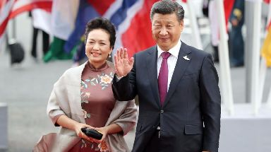 When Xi Jinping married Peng Liyuan she was more famous than he was.