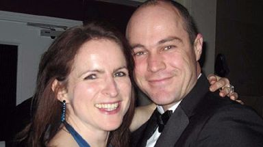 Emile Cilliers (r) is accused of his wife's attempted murder.