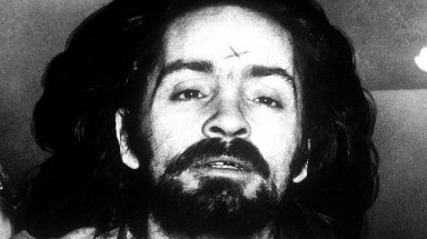 The cult leader behind the murders of actress Sharon Tate and six others died on Monday.