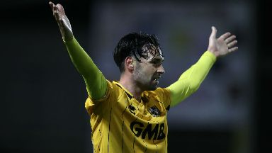 Chris Eagles has signed with the Staggies until the end of the season.