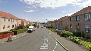 Hayocks Road: Neighbour tried to help.