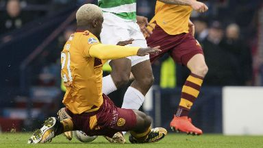 Cedric Kipre was not booked for the challenge on Moussa Dembele.