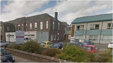 Arbroath Infirmary: Influenza A outbreak hits ward.