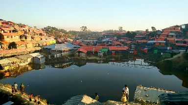 Cox Bazar: Thousands living in dangerous conditions.