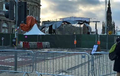 Princes Street: Wind-related debris forces partial closure.