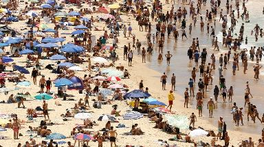 Thousands flocked to Bondi Beach as temperatures soared.