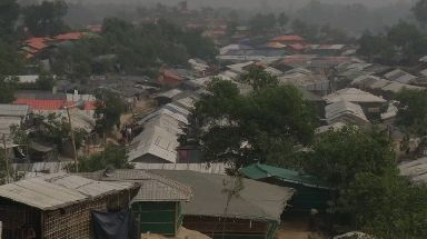 Hundreds of thousands of Rohingya have fled Myanmar to refugee camps in Bangladesh.