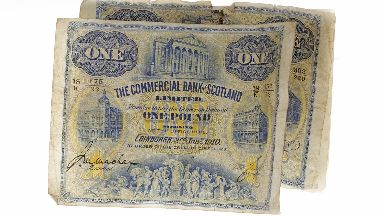 Sold: The £1 notes sold for more than £10,000.