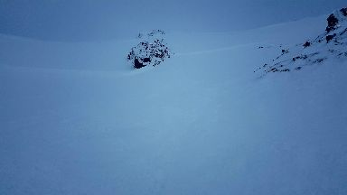 Avalanche: Skier was trapped by rocks on the top right of the image.