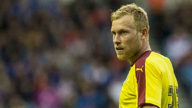 Scott Arfield has signed for Rangers after leaving Burnley.