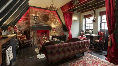 Outlander Airbnb