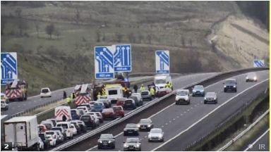 M8: seven car crash causing tailbacks.
