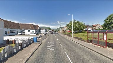 Fishcross: The small village is situated to the north of Sauchie.