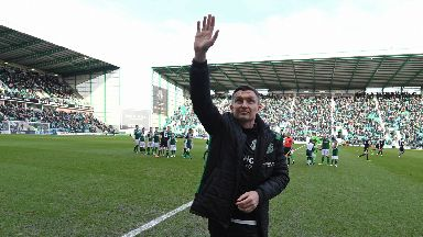 Unveiling: Heckingbottom greets the Hibs support.