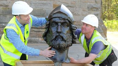 Repairs: The iconic statue has returned to Stirling.