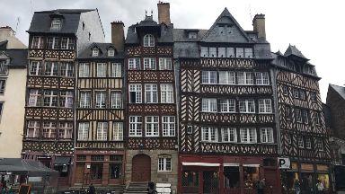 Higgledy-piggledy buildings of Rennes.