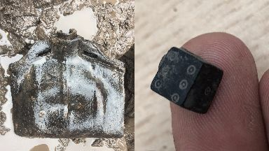 Discovery: A costrel and medieval gaming dice were found.